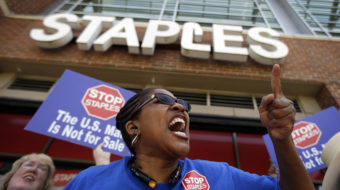 Victory: Postal workers stop Staples privatization scheme