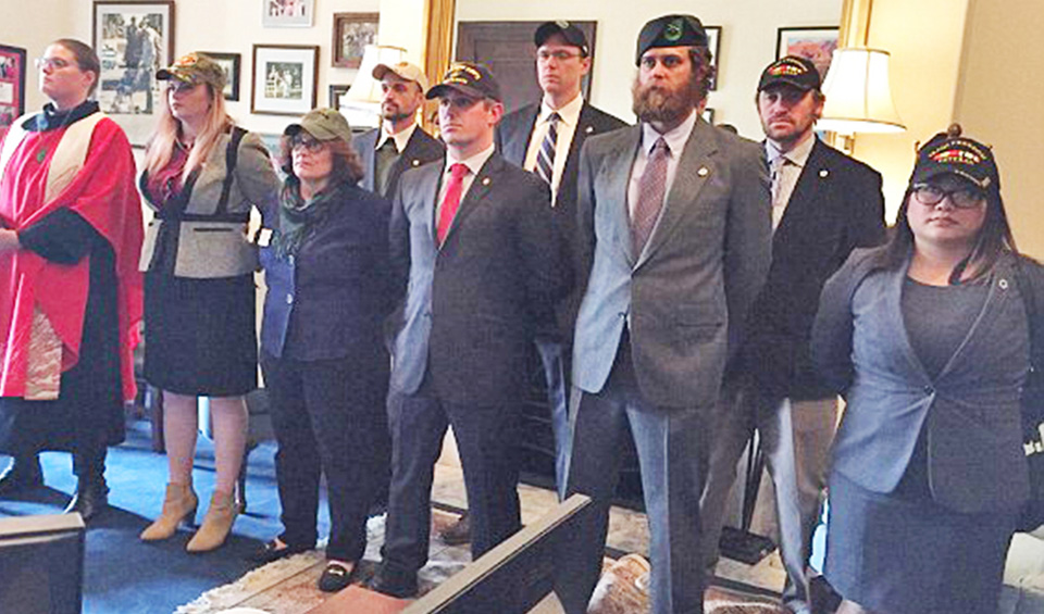 Senator McCain has Iraq war veterans arrested
