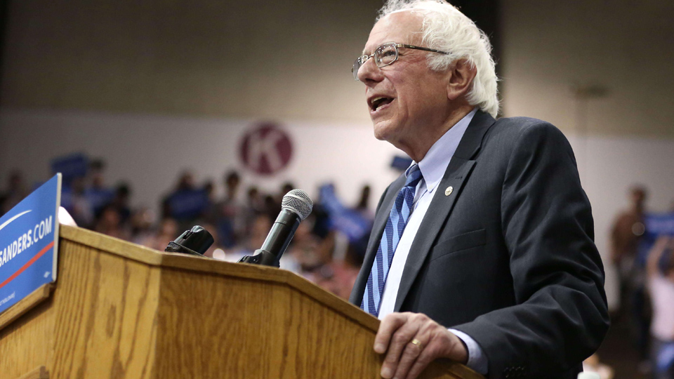 "Sanders vows to hold West Virginia town hall ""in the streets"""