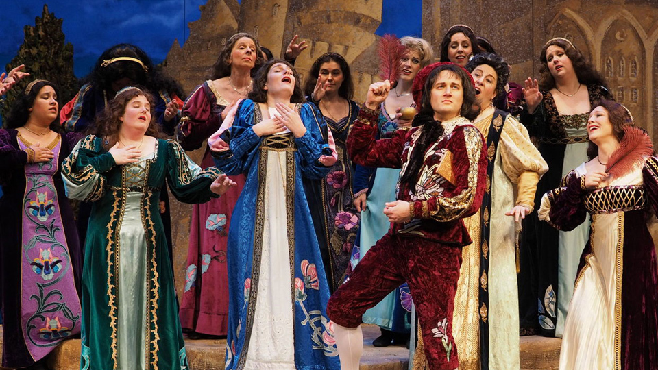 "Gilbert & Sullivan's ""Patience"": Satire lifts up the common people"