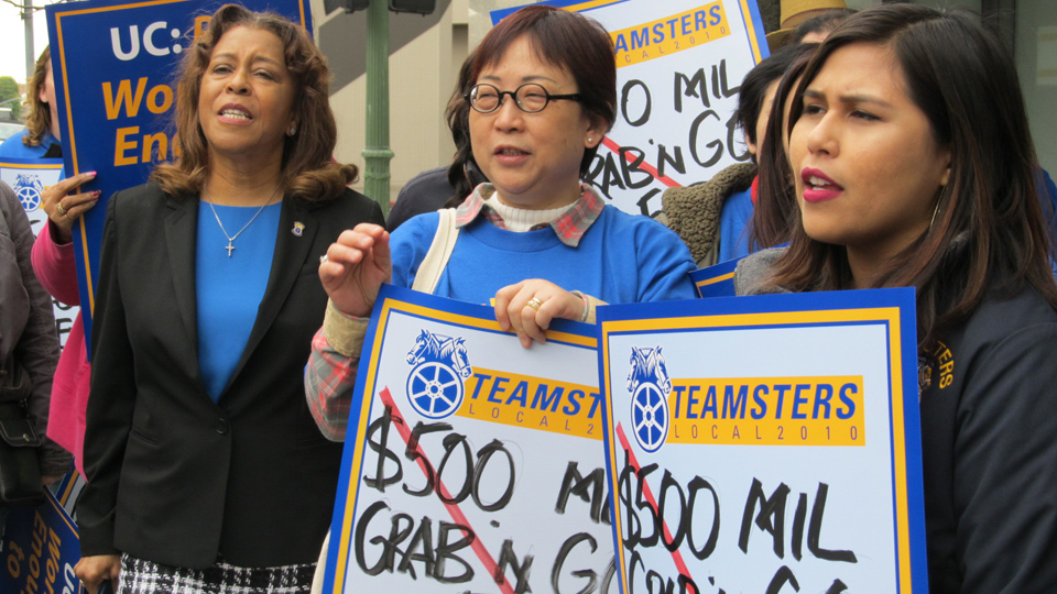 University of California workers demand fair wages, retirement plan