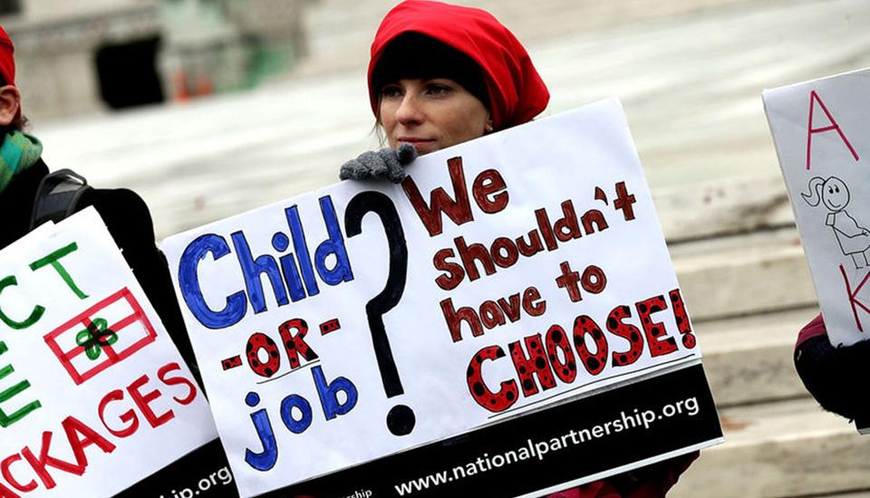 Rechazo a Trump, demócratas introducen ley de ausencia familiar y médica