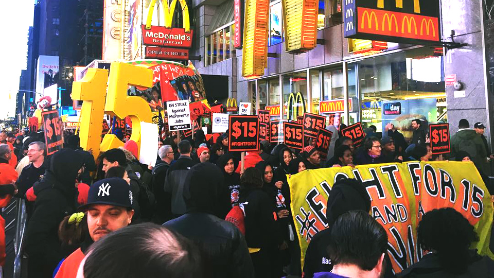 Minimum wage hike to $15 would give 41 million a raise