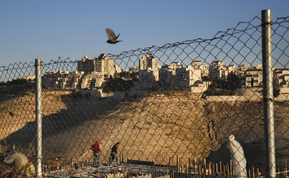 Israeli settlements continue as two-state solution slips away
