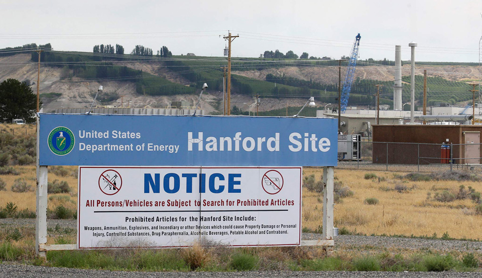 Tunnel with nuclear waste collapses in Washington state