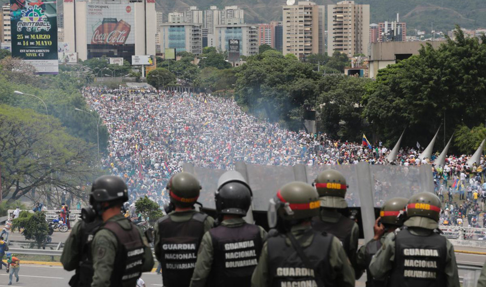 Venezuela: Maduro seeks new constitution; U.S. senators want sanctions