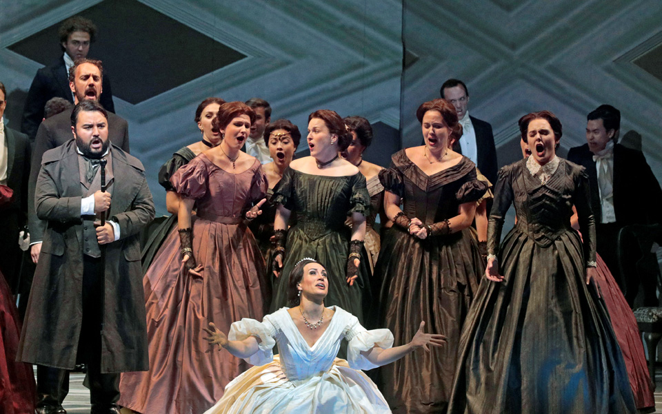 """Lucia di Lammermoor"" and ""Die Fledermaus"": Fidelity, fatality, frivolity"