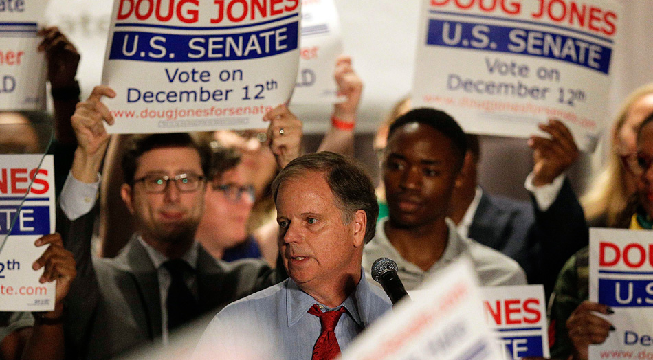 To win in Alabama, Doug Jones must create a new coalition