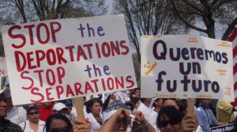 Inmigrantes latinos temen registrarse para seguros medicos