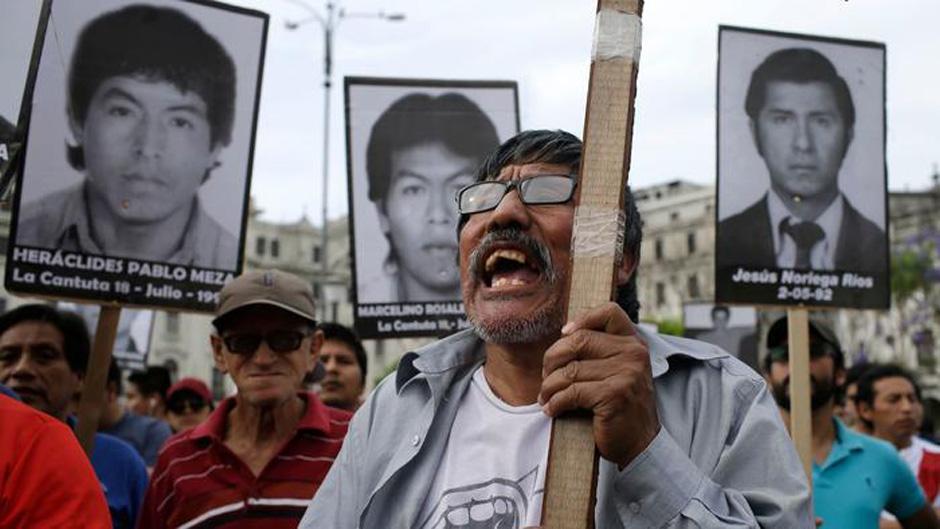Peruvians rise up against pardon for corrupt ex-president
