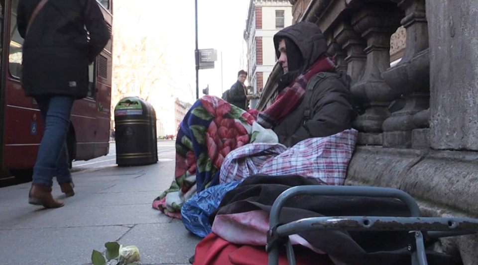 Corbyn: British Labour Party will buy 8,000 homes to end homelessness
