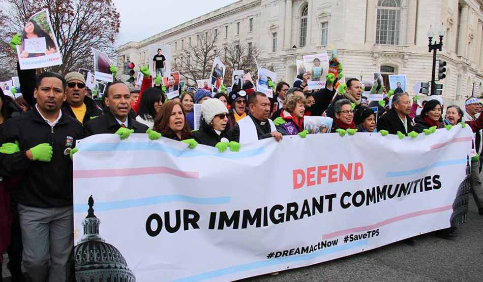 Demonstrators bring Dreamers, TPS cause to Trump's doorstep