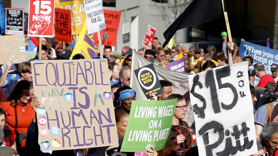 Low-wage workers, progressive Dems push minimum wage hike