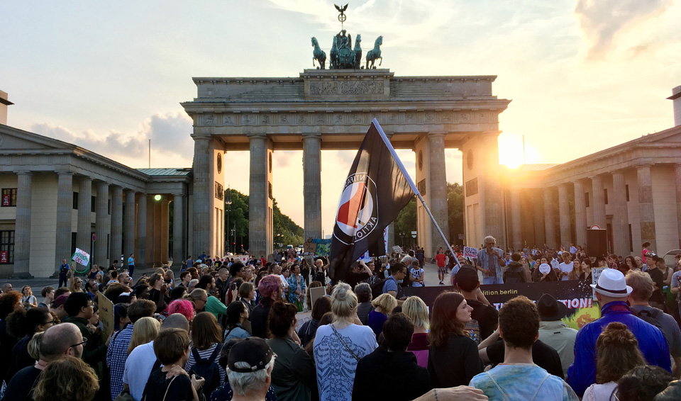 """Germany's """"socialists"""" enter another """"grand coalition"""" with conservatives"""