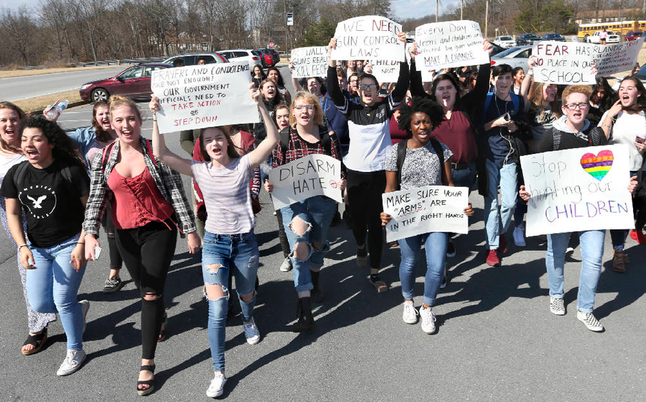 From Maine to Hawaii, students walk out to protest gun violence