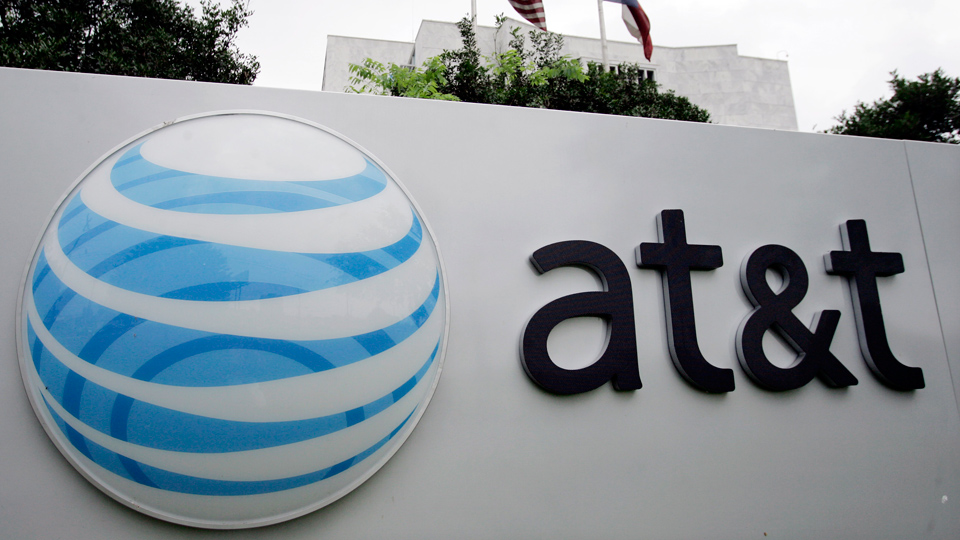 AT&T promised jobs with GOP tax cut; now pushing workers toward picket line
