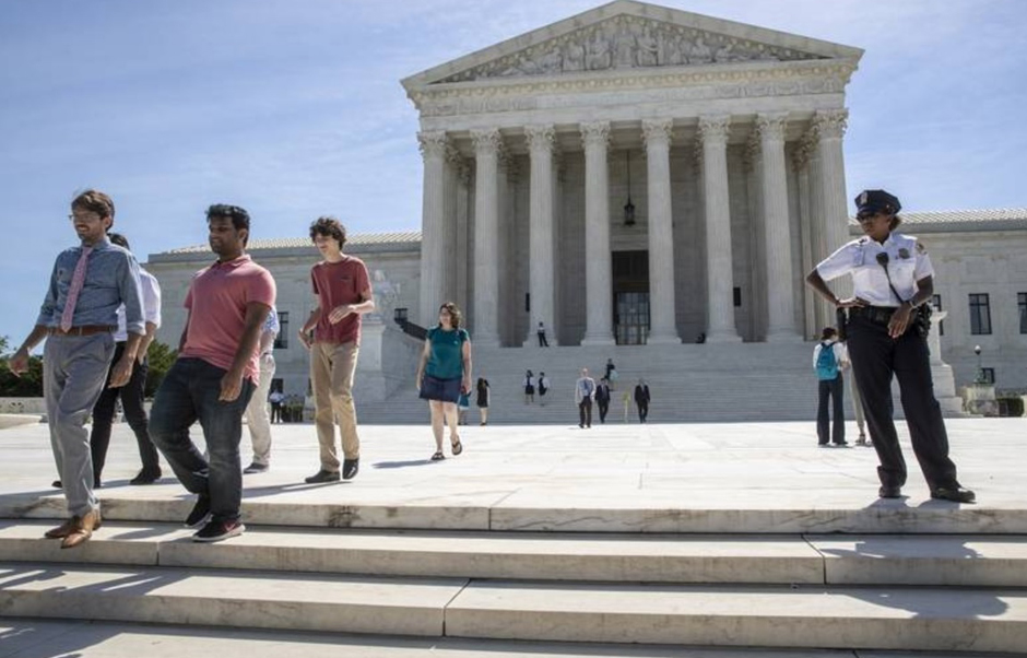 Supreme Court upholds Trump travel ban