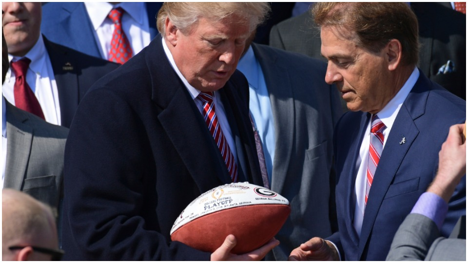 Amid his legal meltdown, Trump continues attacks against NFL players