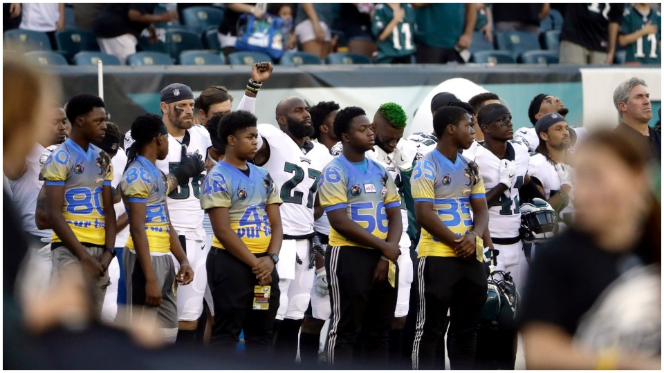 Football's back, but so is Trump's racist nonsense over anthem