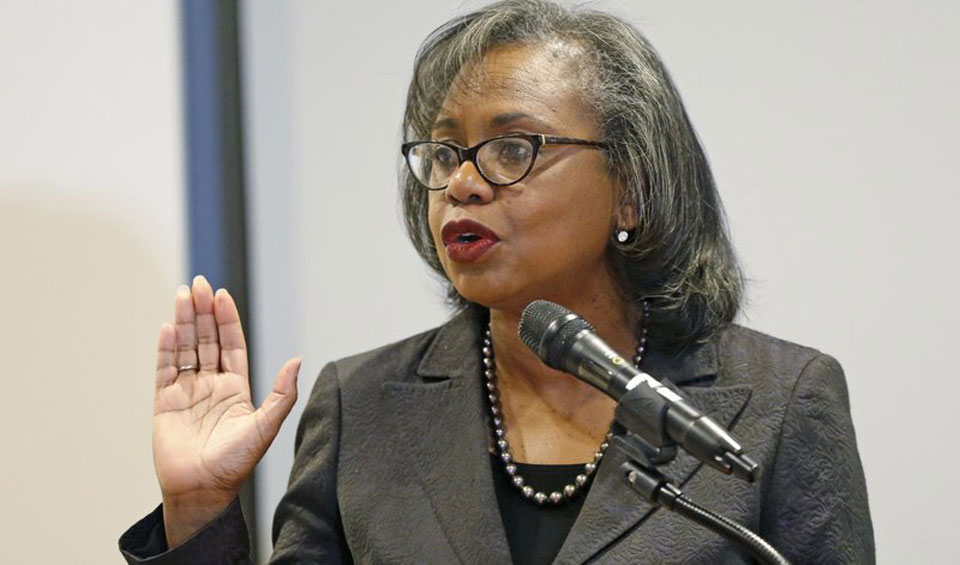 Anita Hill says Kavanaugh battle shows #MeToo movement's power