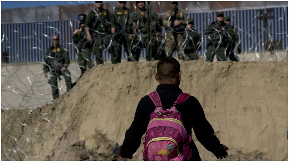 Border patrol agents fire tear gas at unarmed asylum seekers