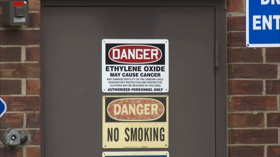 Willowbrook, Ill. residents call for closure of polluting Sterigenics plant