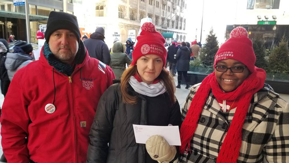 Striking Chicago charter school teachers score big win