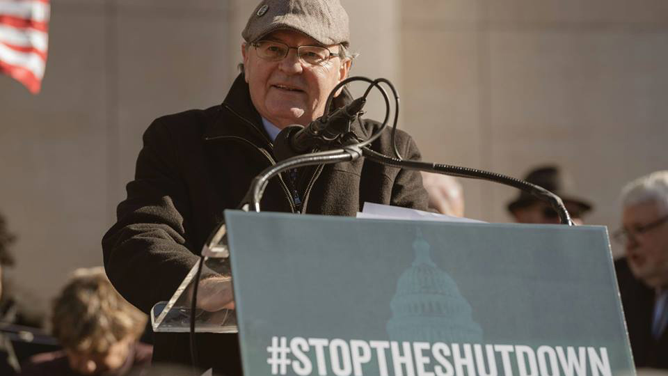 Union leader Shearon on shutdown: No private sector bosses as bad as Trump