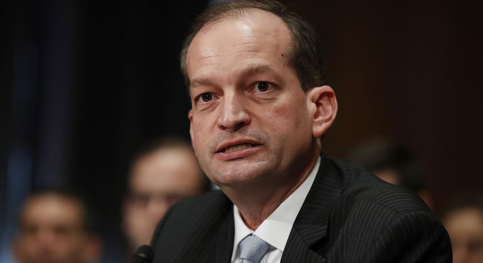 Trump Labor Secretary took orders on OT from Chamber of Commerce