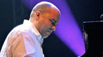 Daniel Amat and his jazz conjunto wow in Cuban classical music