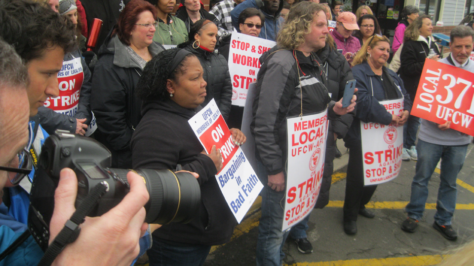 Solidarity is strong for Stop & Shop strikers