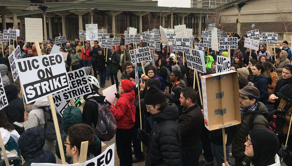 Wisconsin, Michigan grad students occupy buildings as UIC strike continues