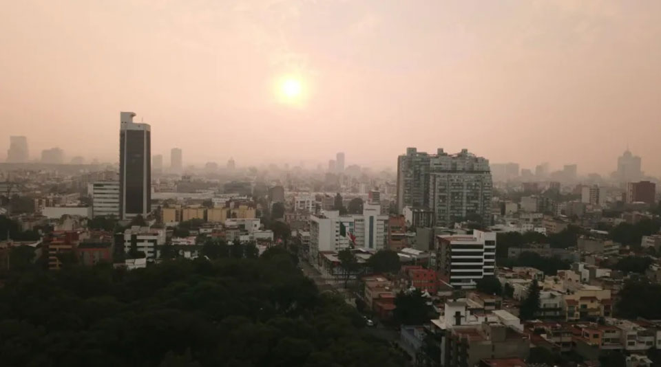 Environmental emergency as wildfire chokes Mexico City