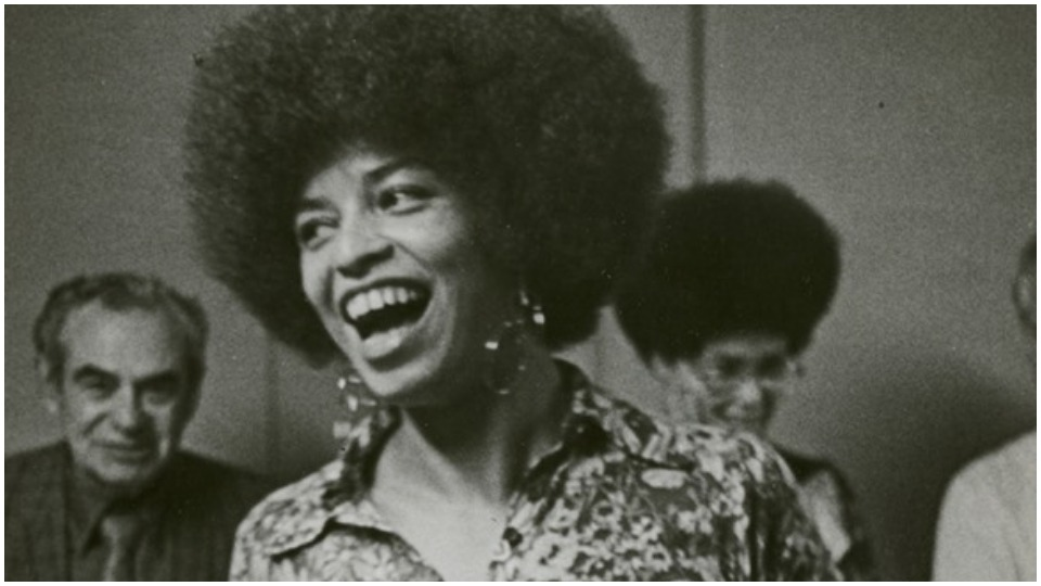 Revolutionary Angela Davis inducted into the National Women's Hall of Fame