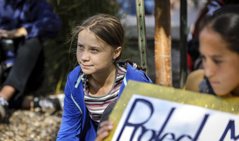 Swedish teen climate activist rallies crowd in South Dakota