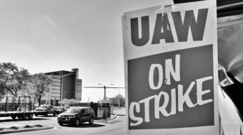 Auto worker resolve in long strike key to contract gains