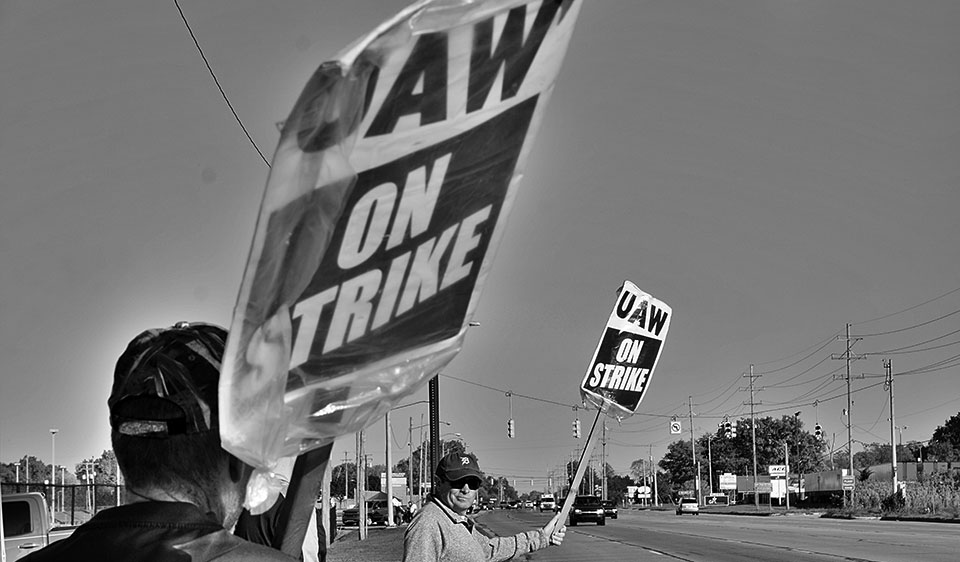 GM Strike: The power of UAW solidarity is displayed across generations