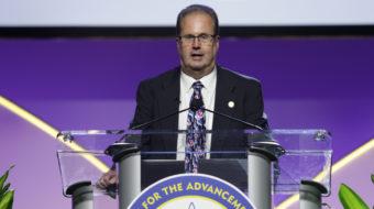 UAW President Gary Jones resigns under fire