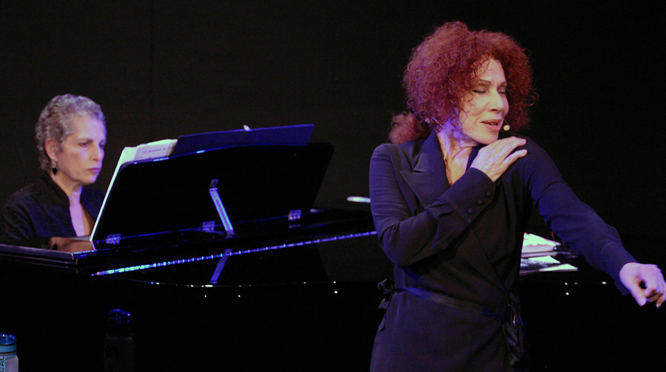 World-renowned singer Julia Migenes bids adieu with nostalgic French popular songs