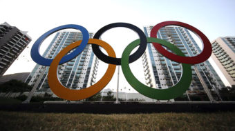 "Survey finds ""elite"" Olympic athletes struggling financially"