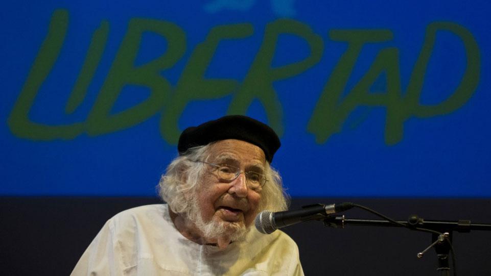 Muere Ernesto Cardenal, poeta del evangelio y la revolución