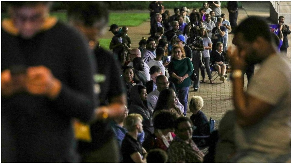 Democratic voters hand Biden Super Tuesday win; Sanders faces uphill fight