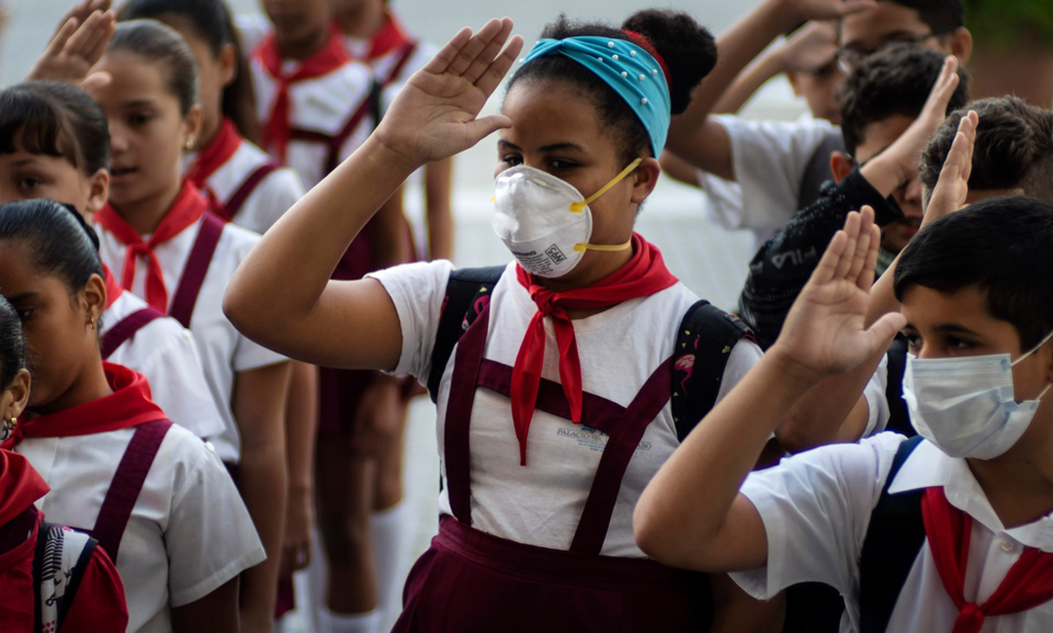 Despite U.S. blockade, Cuban pharma industry producing needed COVID-19 medicines