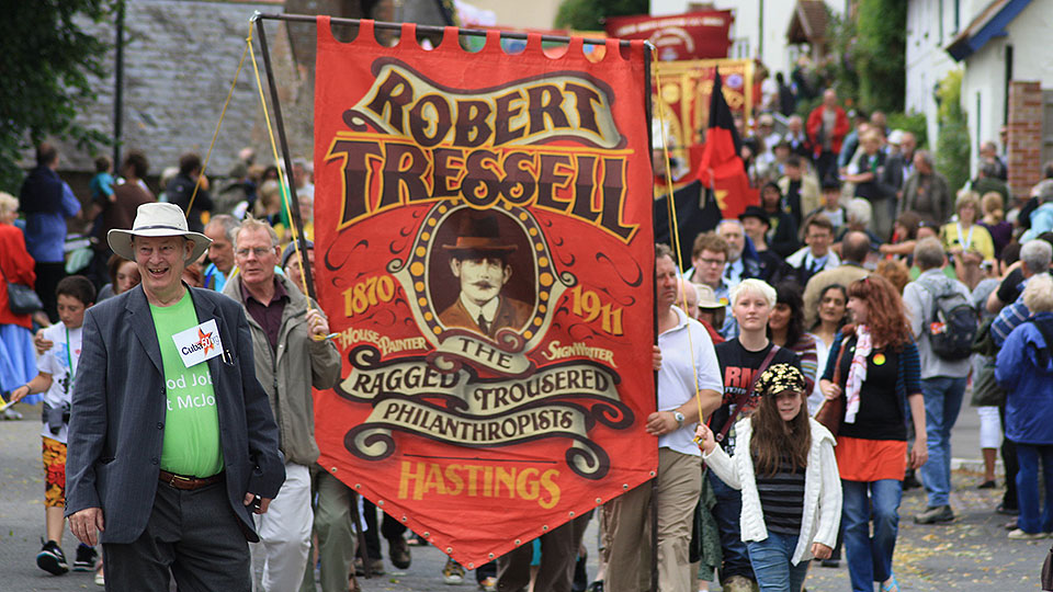 'Ragged-Trousered Philanthropists': British author exposes Great Money Trick of capitalism