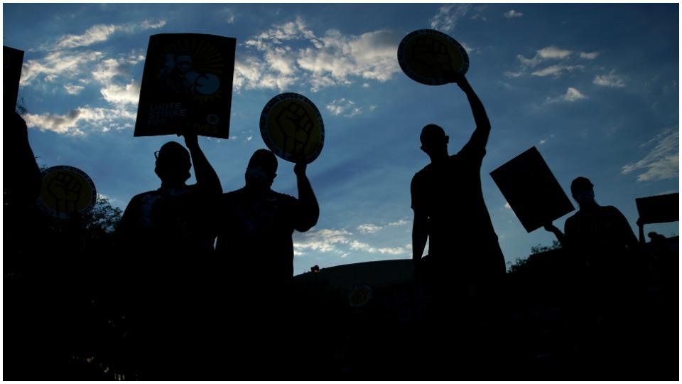 Unions prepare for general strike if Trump subverts Biden win