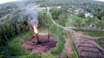 La justicia ecuatoriana exigió eliminar la quema de gas de la actividad petrolera en la Amazonía