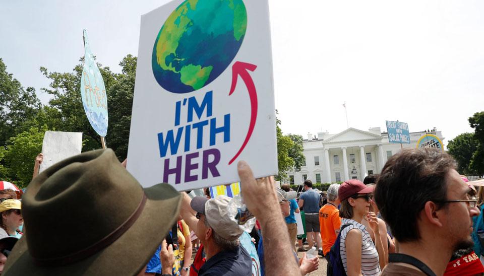 AOC: U.S. infrastructure, climate, health crises deserve $10 trillion investment