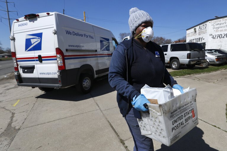 Under the radar: Partial postal reform has a chance in Congress
