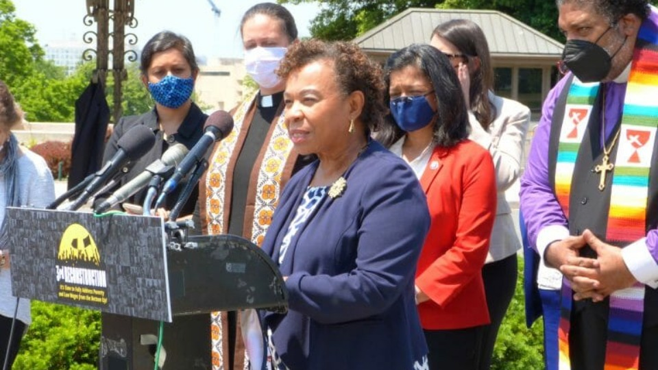 Poor People's Campaign hails Barbara Lee for leading 'Third Reconstruction' drive