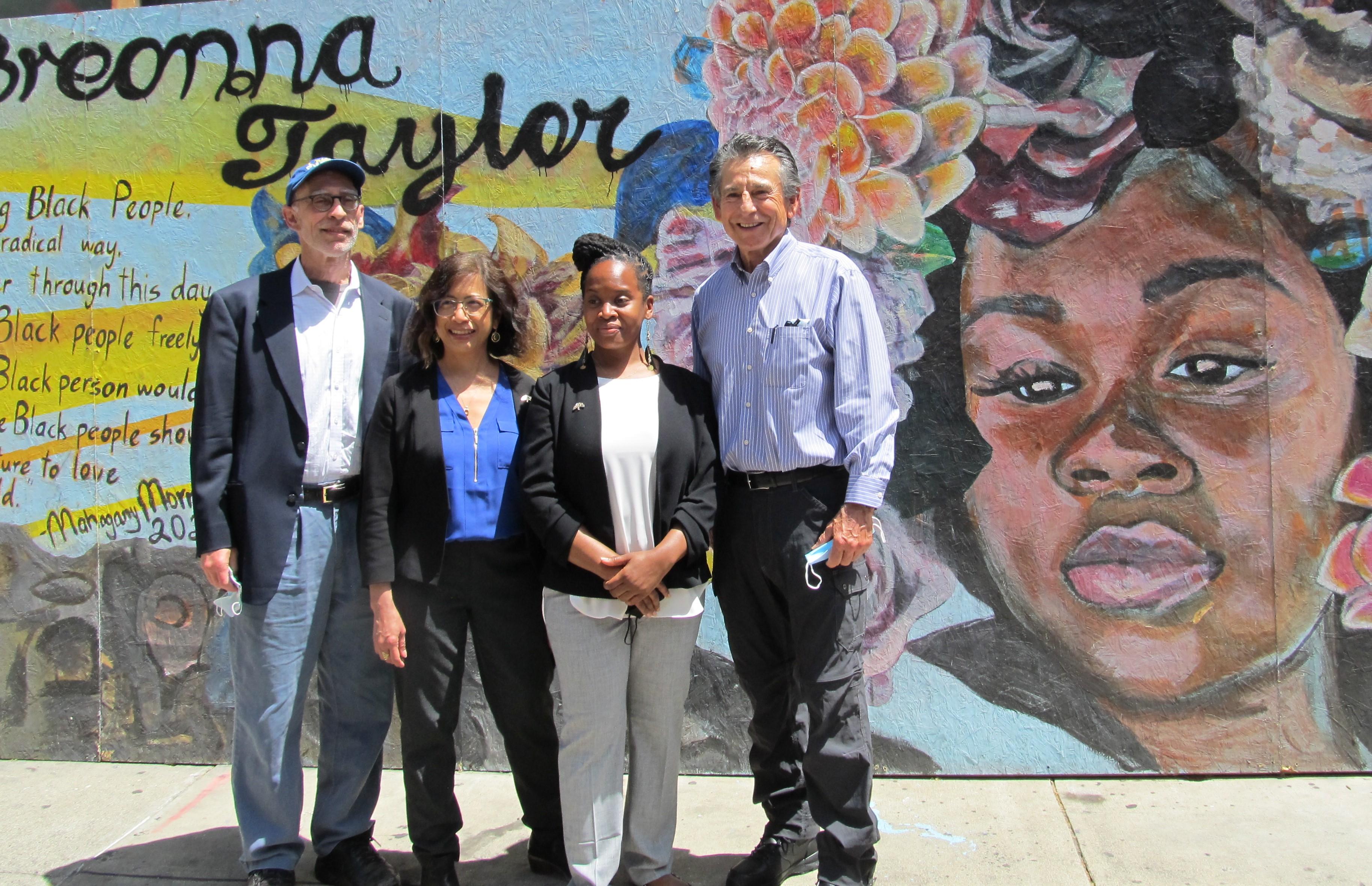Oakland evitaría la falta de vivienda y crearía buenos empleos